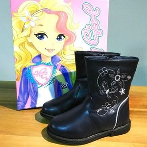 Adorable navy boots